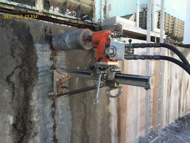 ביצוע קידוח בקיר בטון בחולון בשכונת נאות רחל