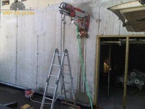ביצוע קידוח בקיר בטון בחיפה בשכונת קריית חיים