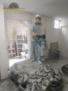 ניסור קיר בטון לצורך הוצאת מרפסת שירות